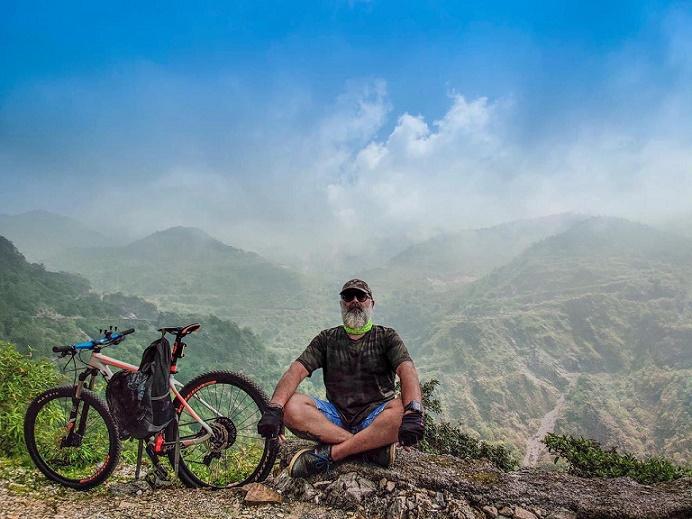 साइकिल बाबा आशीष नागपाल